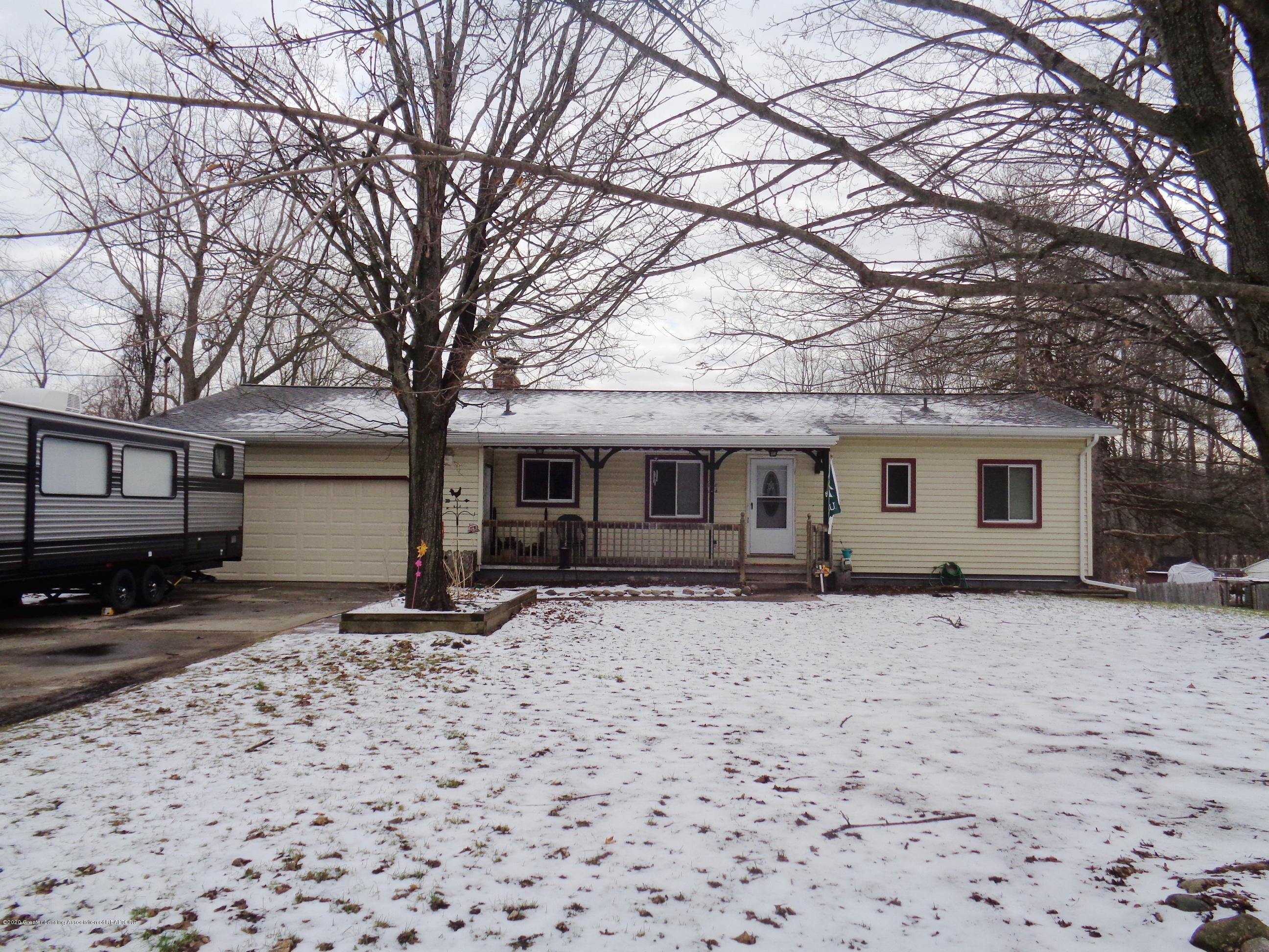 6334 Green Rd - green front 3 - 1