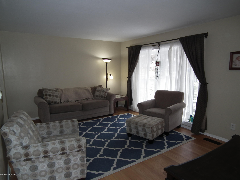 1609 N Hayford Ave - Living Room b - 3