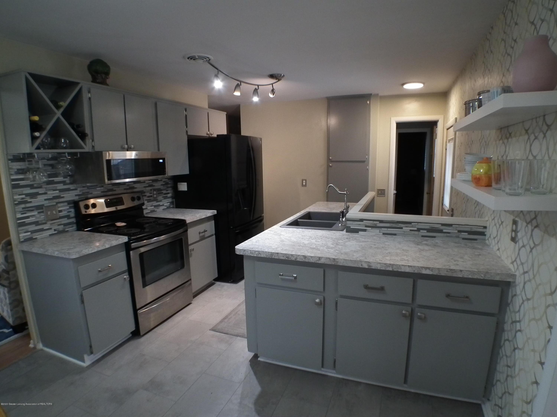 1609 N Hayford Ave - Kitchen 2 - 4