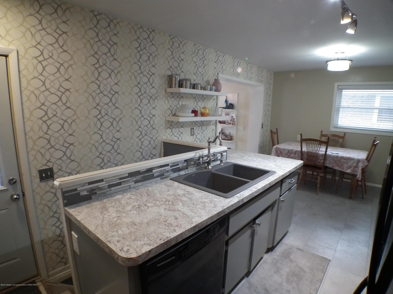 1609 N Hayford Ave - Kitchen 3 - 5