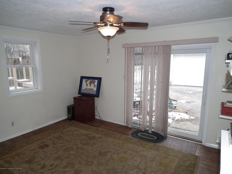 1609 N Hayford Ave - Family room - 8