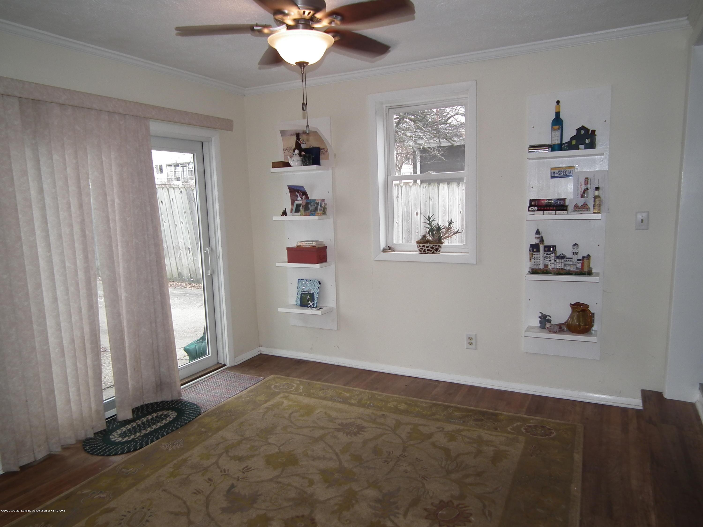 1609 N Hayford Ave - Family room 2 - 9