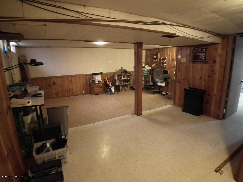 1609 N Hayford Ave - Rec room in LL - 21