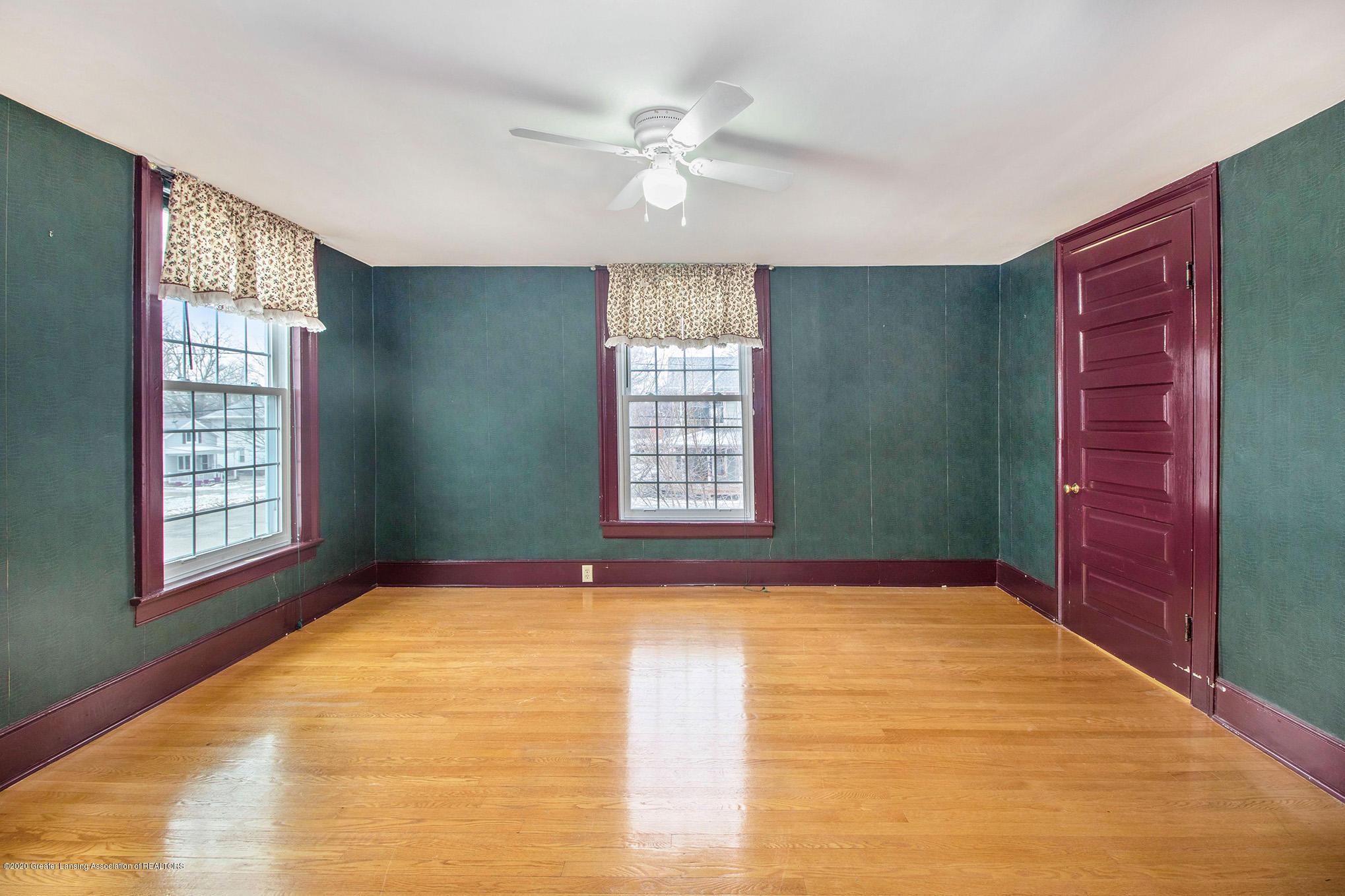 320 W Harris St - Front Bedroom - 19