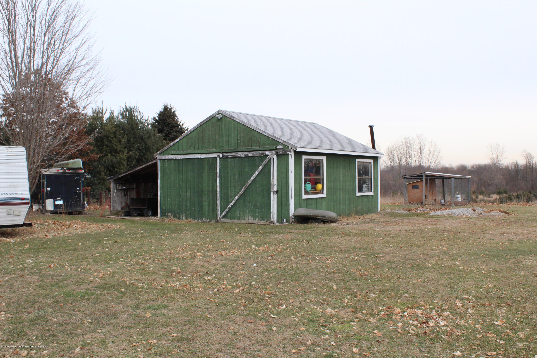 3570 Webberville Rd - Barn - 3
