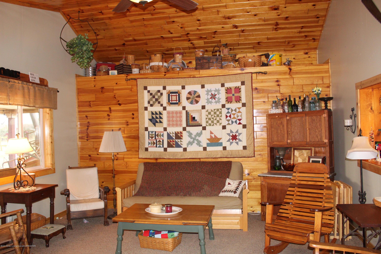 3570 Webberville Rd - greatroom - 19
