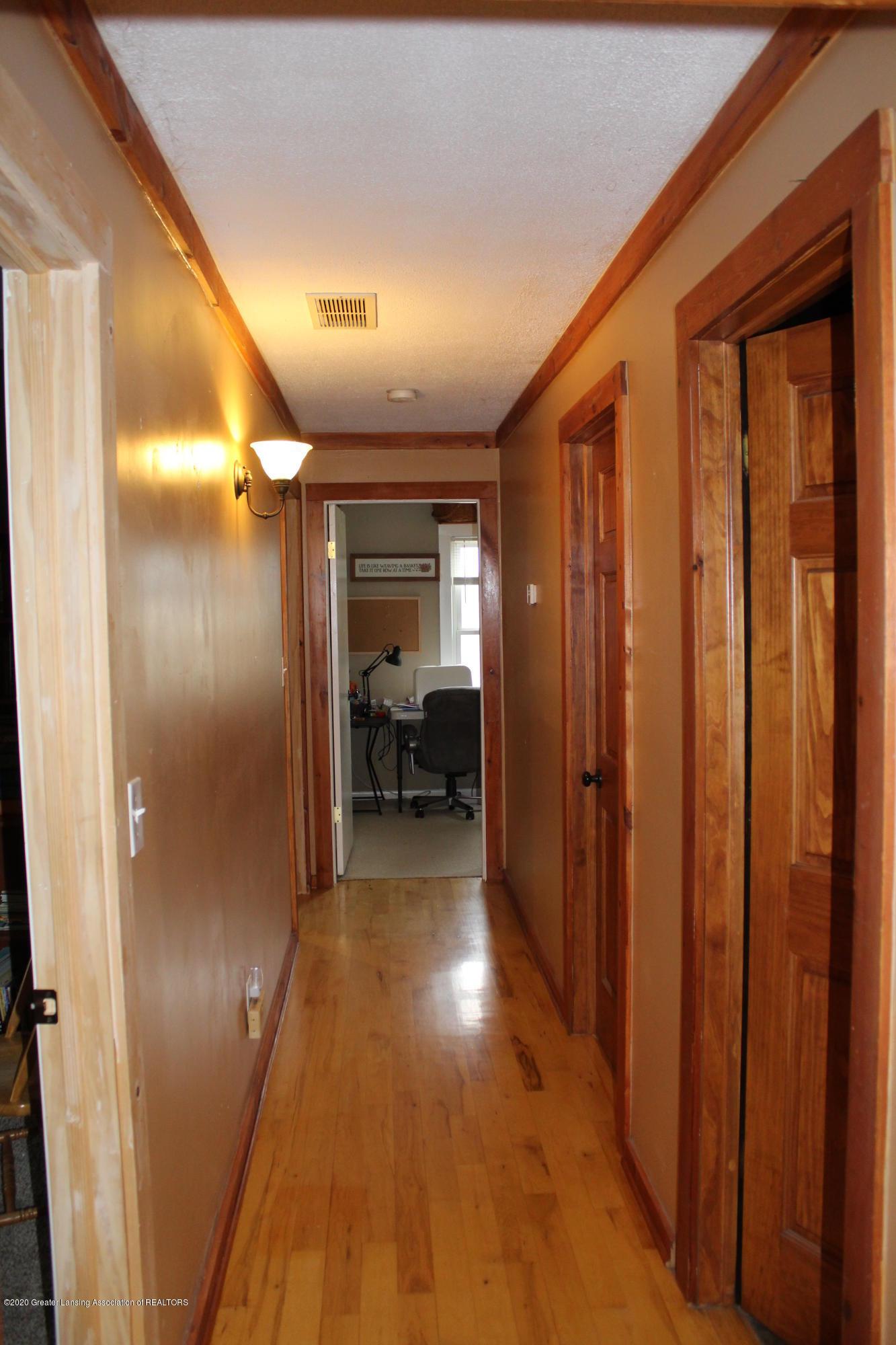 3570 Webberville Rd - hallway - 26