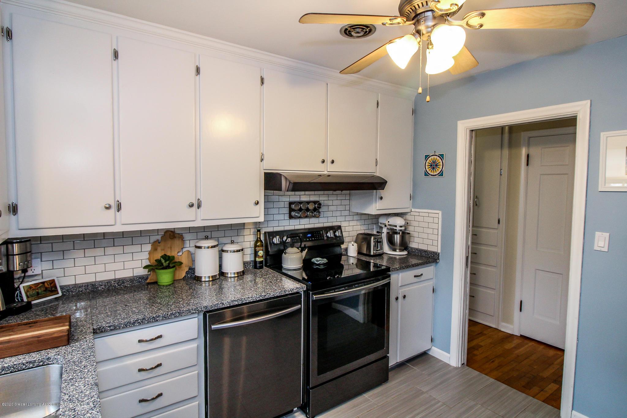 519 Kedzie St - kitchen - 9