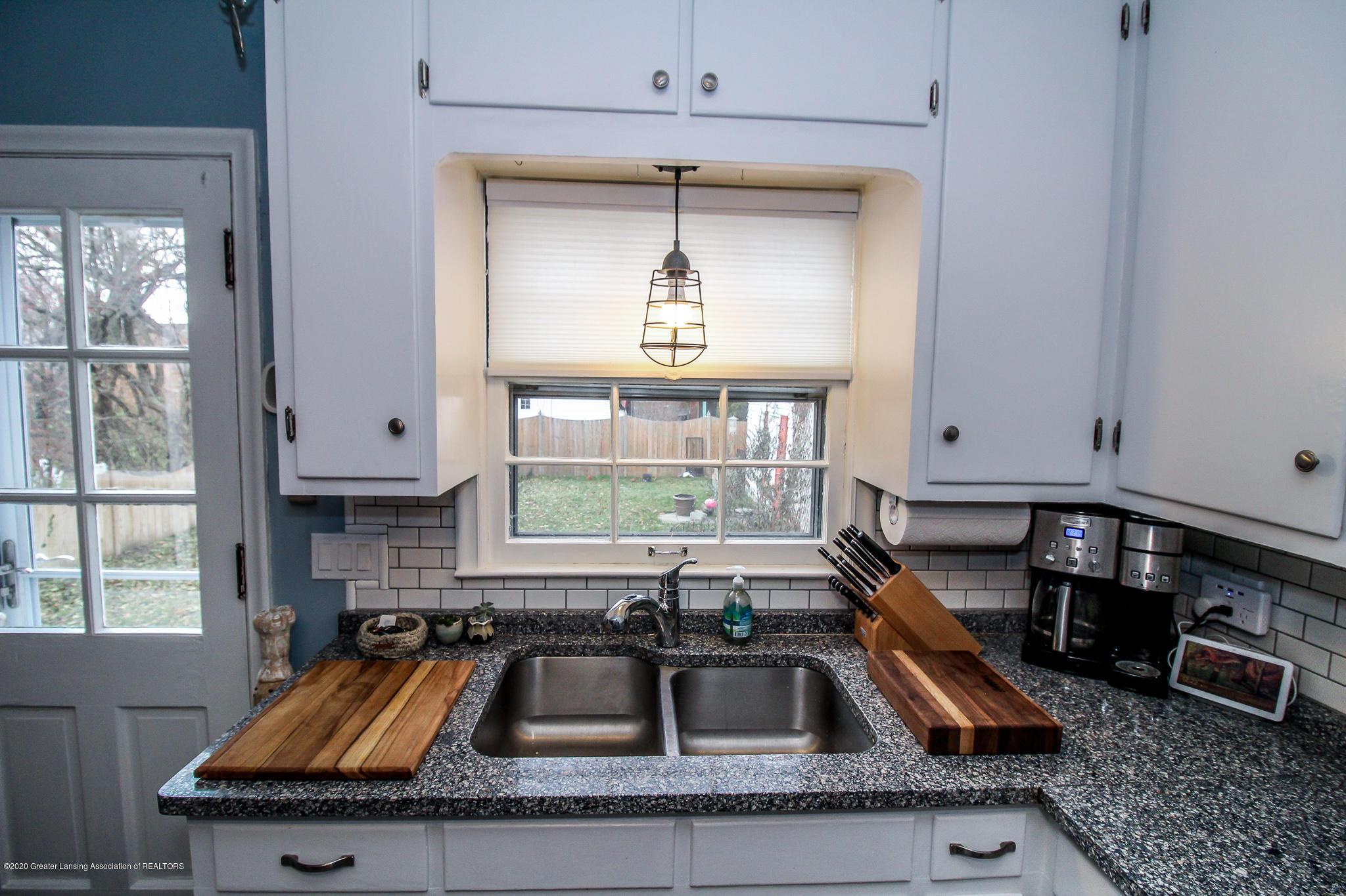 519 Kedzie St - kitchen - 12