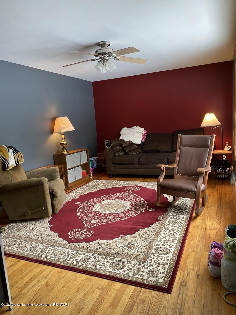 3452 Sharon Way - Living Room - 6