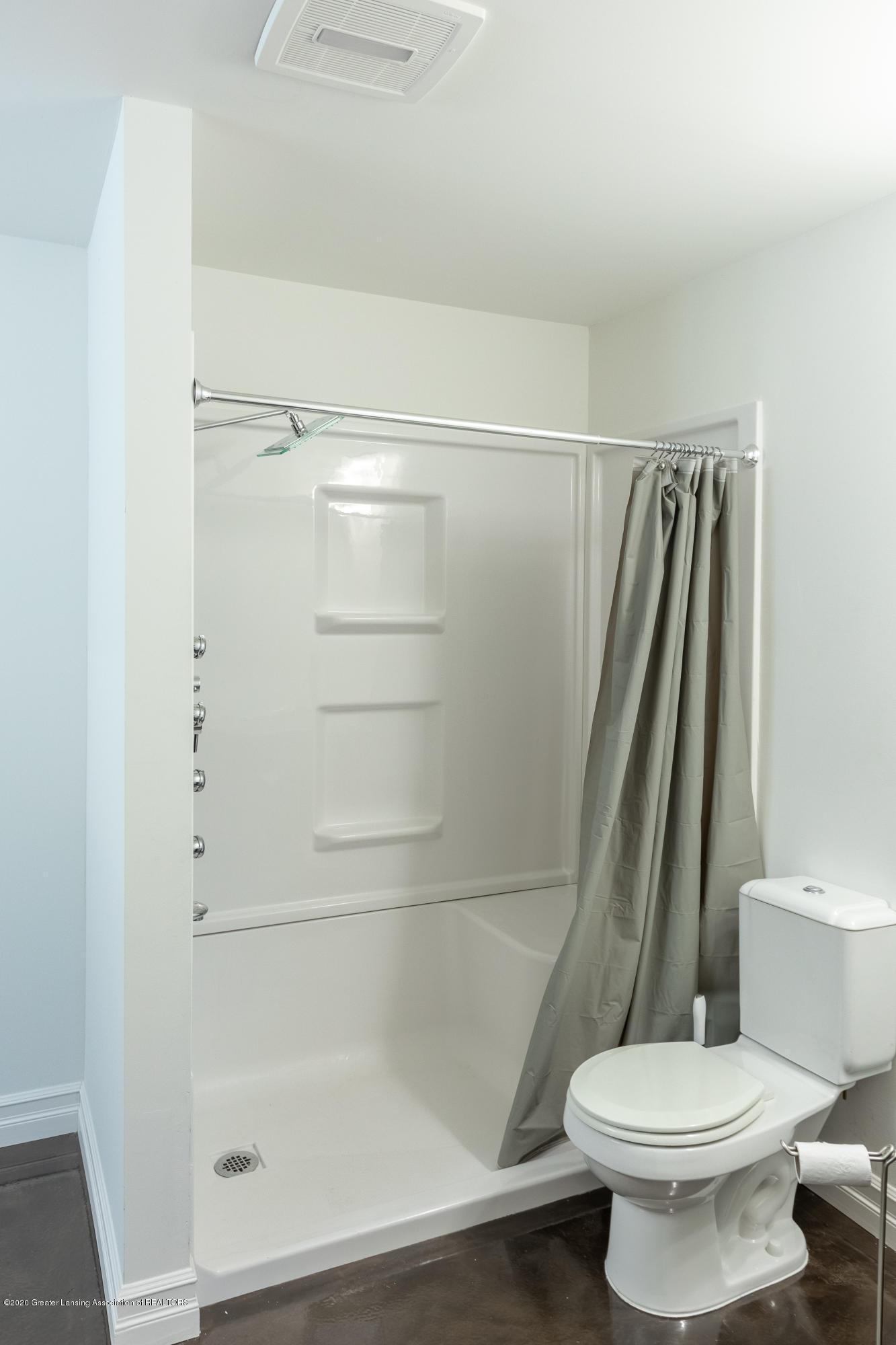 3852 Zaharas Ln - Full Bathroom - 44