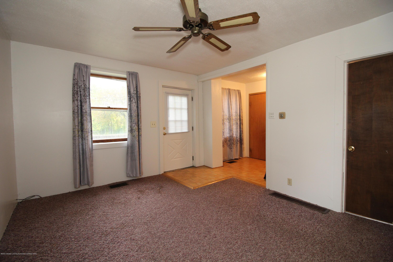 2318 N High St - 2318 N High St - Living Room 2 - 10