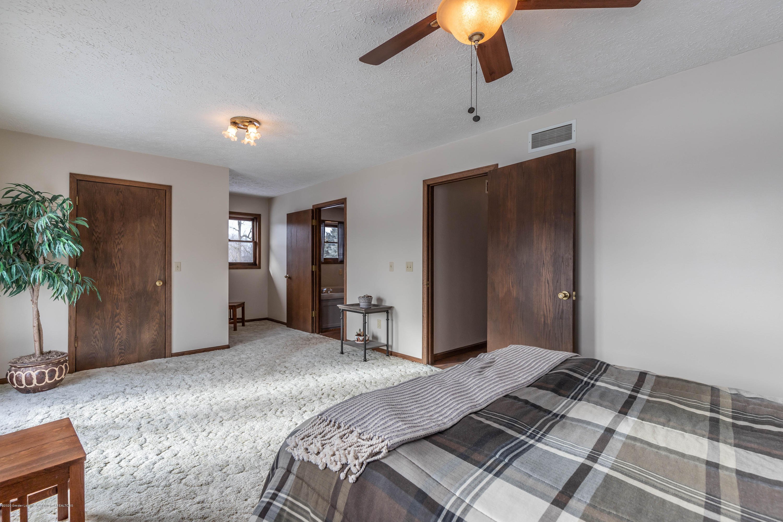6111 S Morrice Rd - Master Bedroom - 20