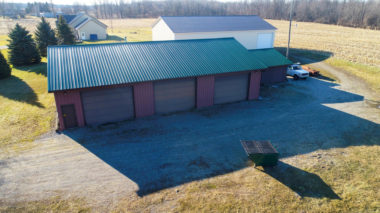 6111 S Morrice Rd - Pole Barn - 31