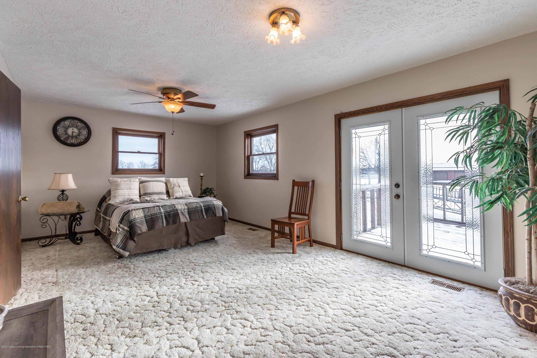 6111 S Morrice Rd - Master Bedroom - 18