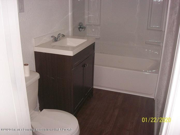 1409 W Kalamazoo St - bath3 - 14