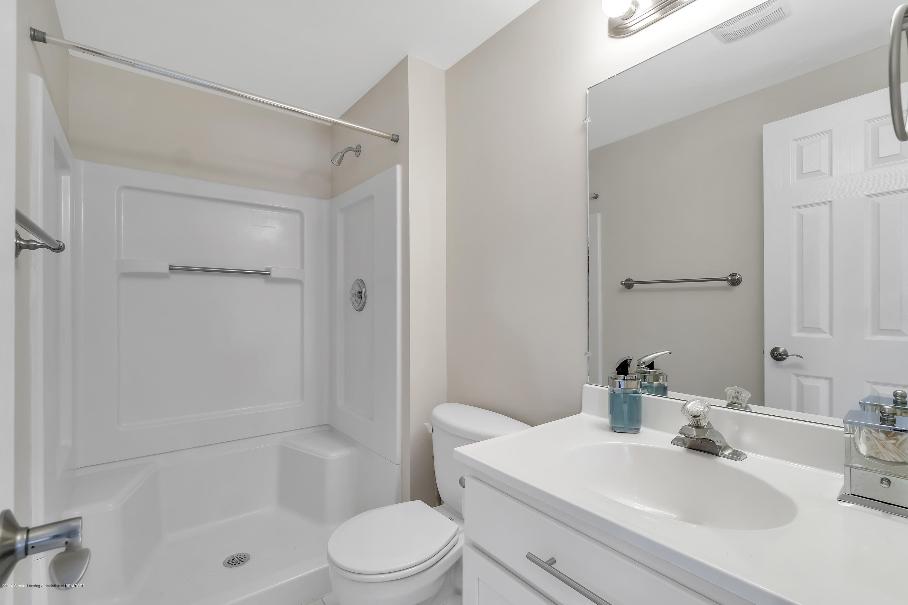 5590 Star Flower Dr - Bathroom - 21