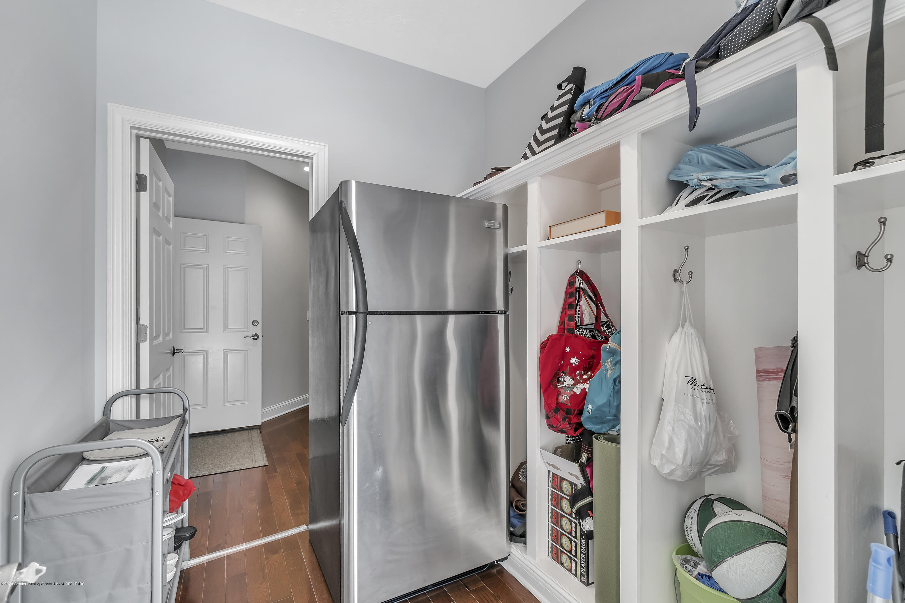 5590 Star Flower Dr - Walk in Closet - 17