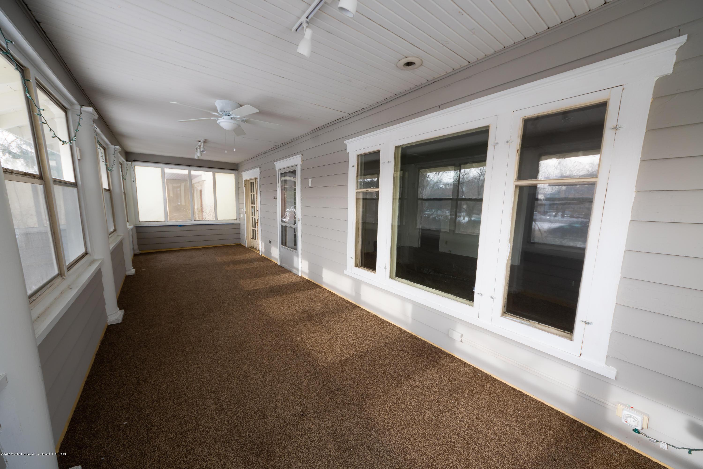 922 E Michigan Ave - Porch - 5
