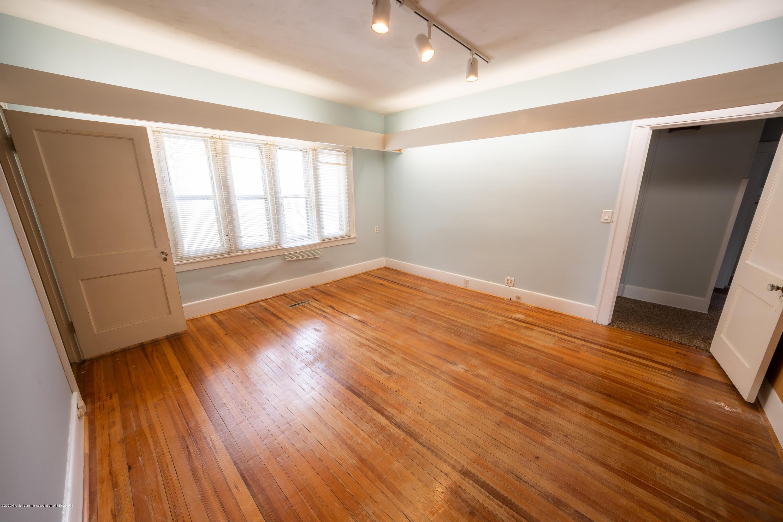 922 E Michigan Ave - Bedroom1 - 15