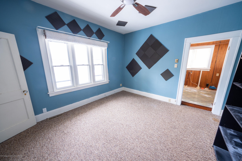 922 E Michigan Ave - Bedroom2 - 17