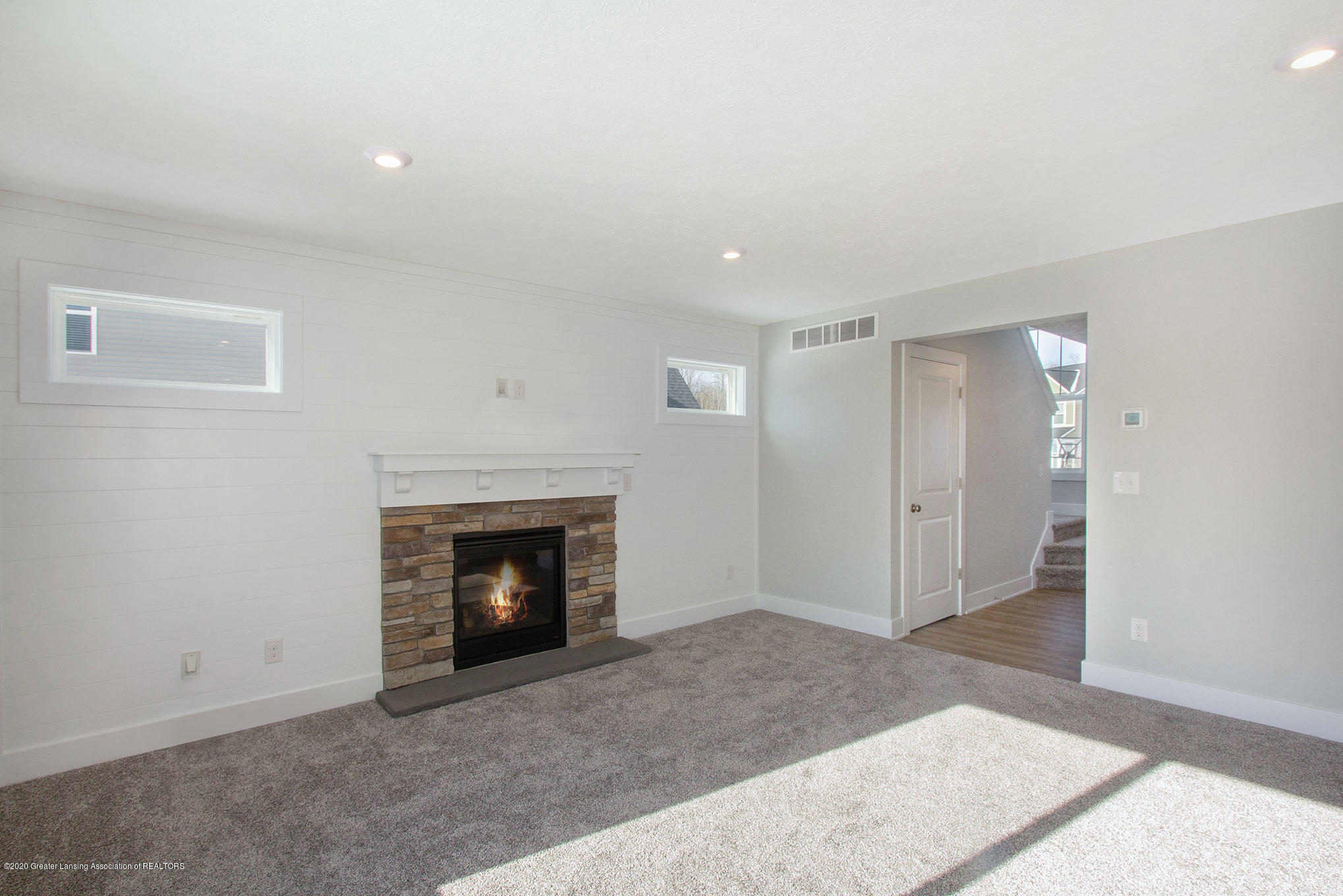 4607 Bison Dr - Living Room - 14