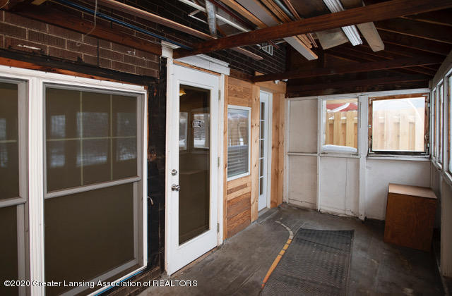 228 S Main St - 2ndFloorBackPorch_4032 - 25
