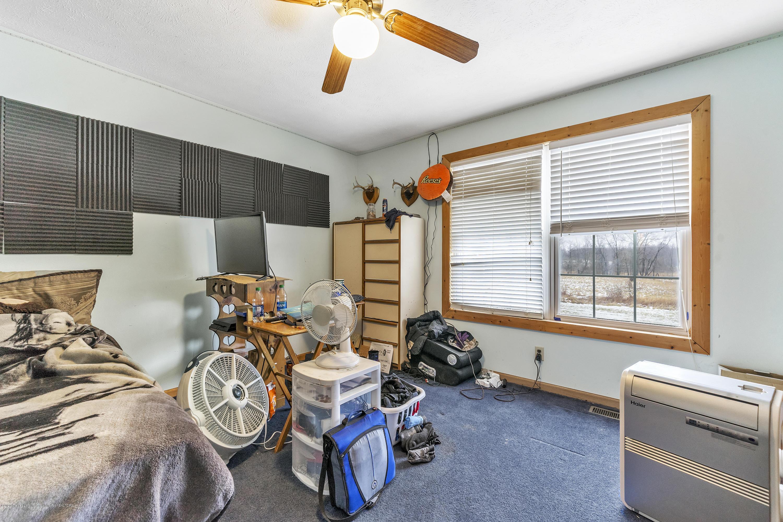 2471 E Braden Rd - Bedroom - 24