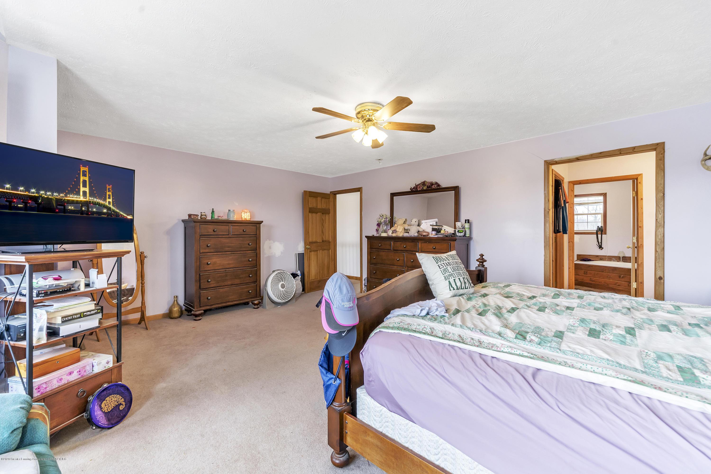 2471 E Braden Rd - Master Bedroom - 26