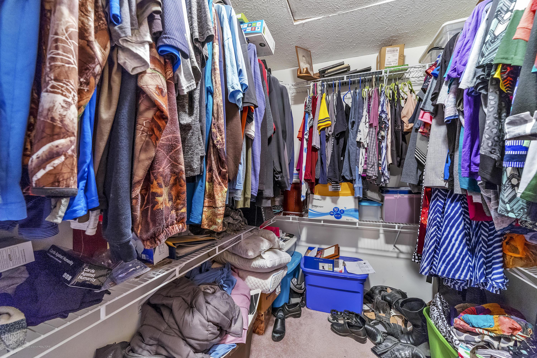 2471 E Braden Rd - Master - Walk in closet - 29
