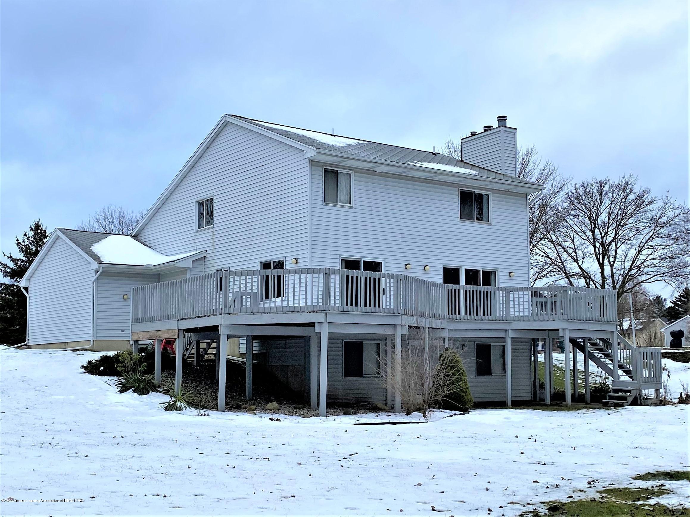 2475 Walenjus Ct - Back of house - 37