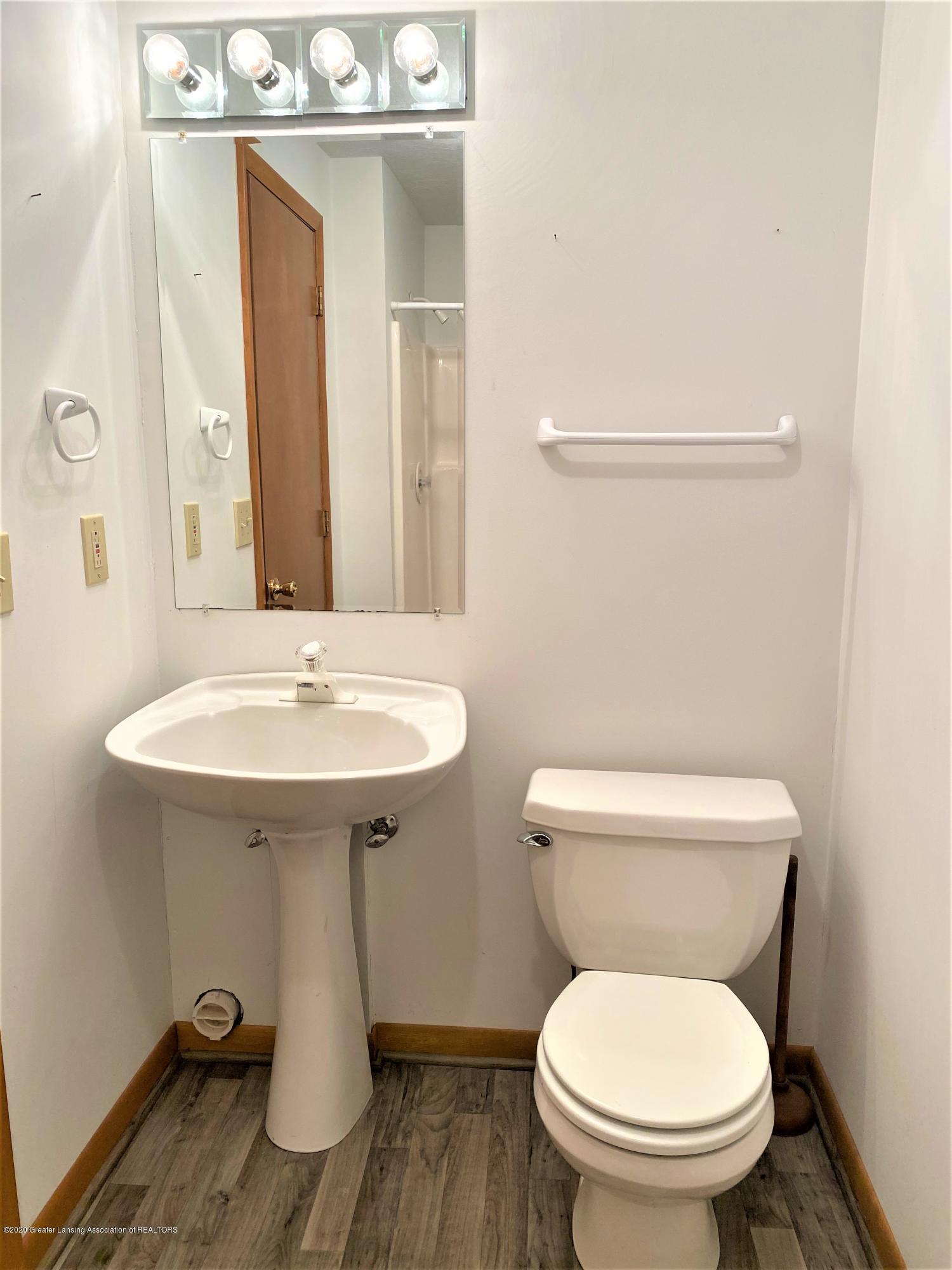 2475 Walenjus Ct - Basement Bath - 35