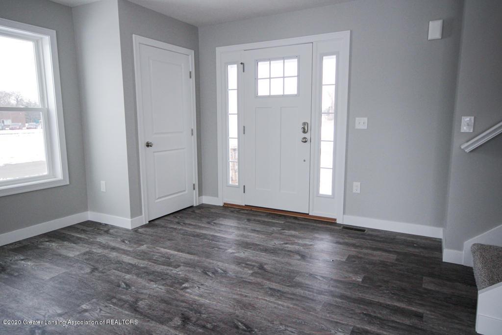 621 Muirfield Dr  - Living room - 3