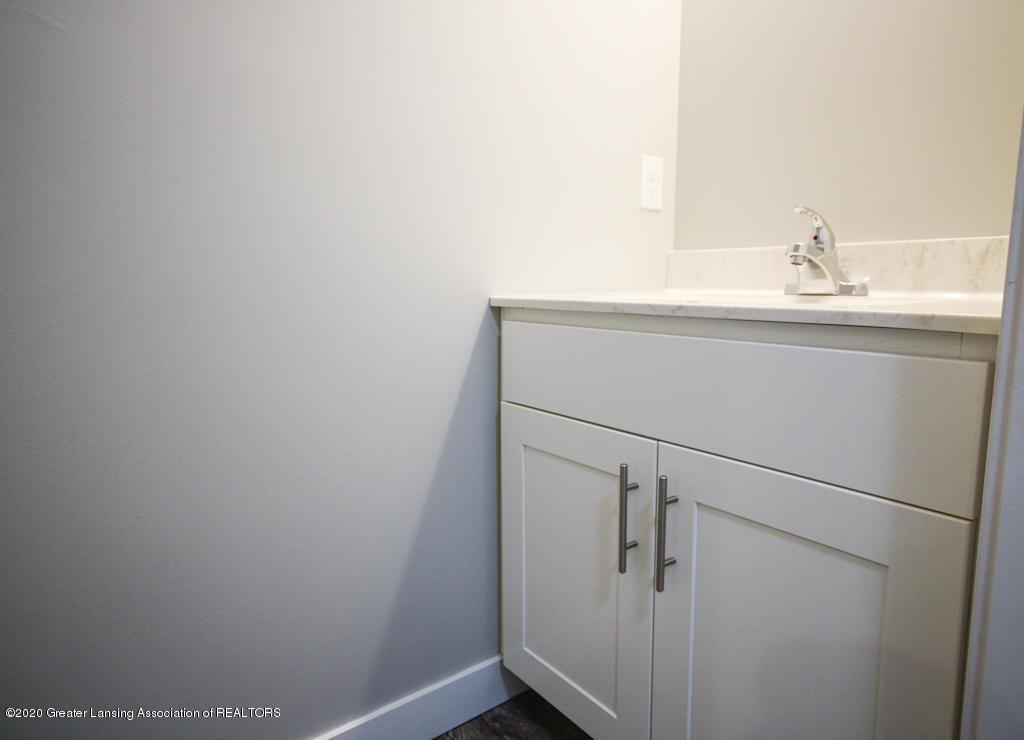 621 Muirfield Dr  - Bathroom - 10