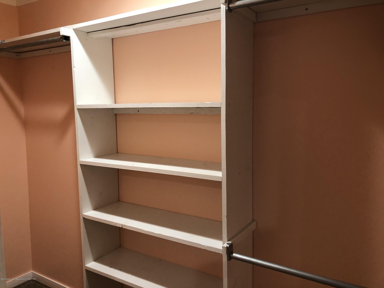 2021 Secretariat Ln - closet - 14