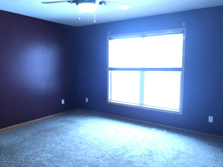 2021 Secretariat Ln - 2nd bedroom - 16