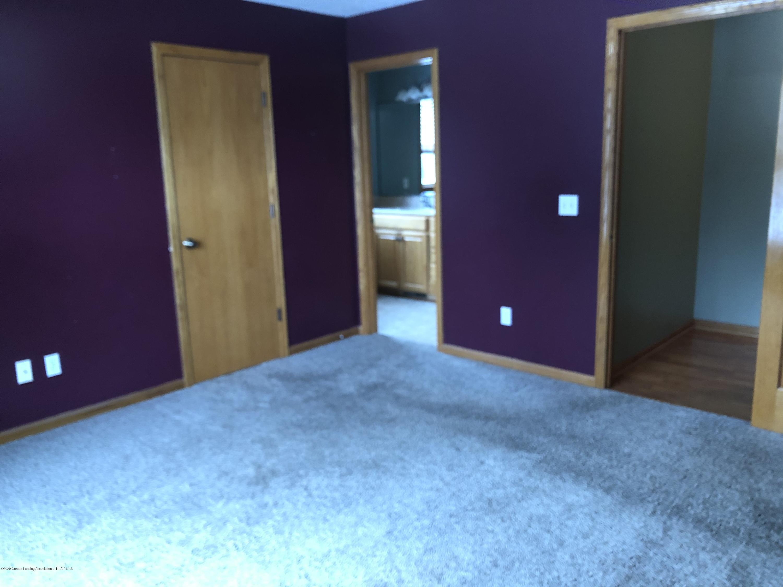 2021 Secretariat Ln - Master Bedroom - 12
