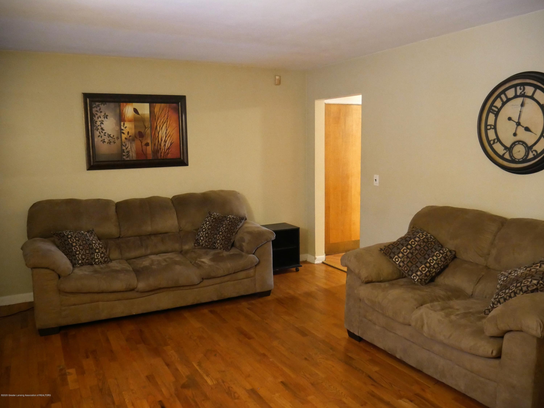 4921 Devonshire Ave - Front Living Room - 2