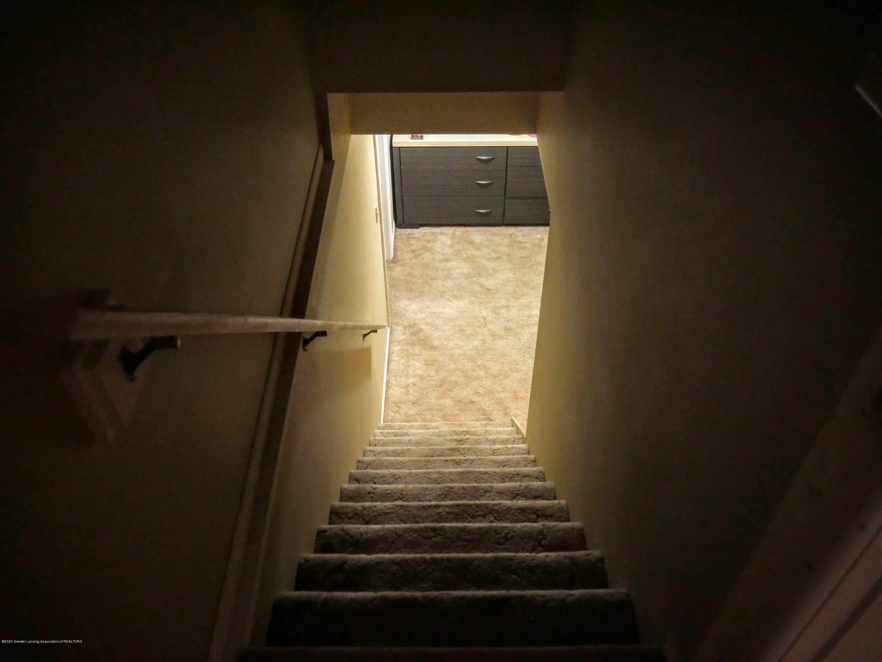 4921 Devonshire Ave - Stairs  to basement from master - 12