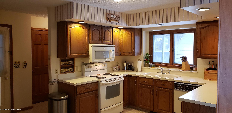 4284 Conifer Cir - kitchen 1 - 16