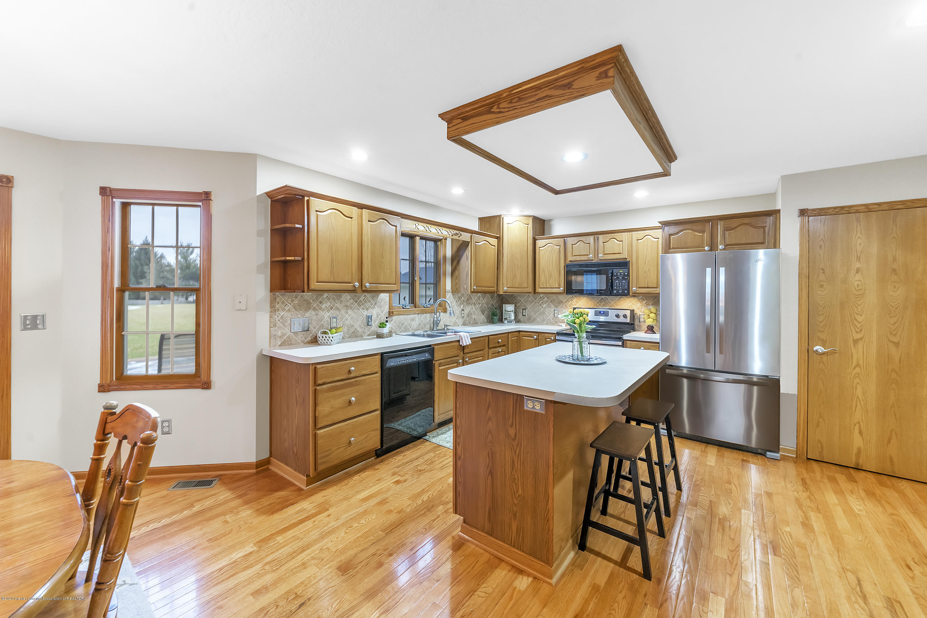 2440 Gilbert Rd - Kitchen2 - 16