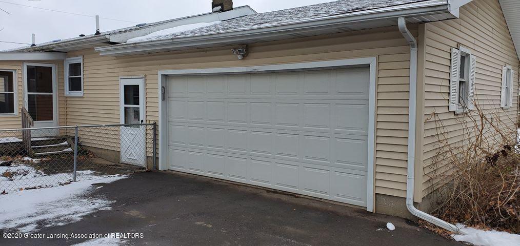 8820 Bradford Hwy - 2 car Garage - 3