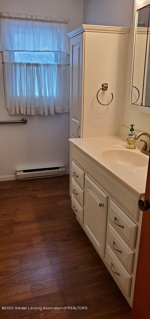 8820 Bradford Hwy - Bathroom - 20