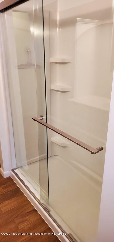 8820 Bradford Hwy - Bathroom - 21