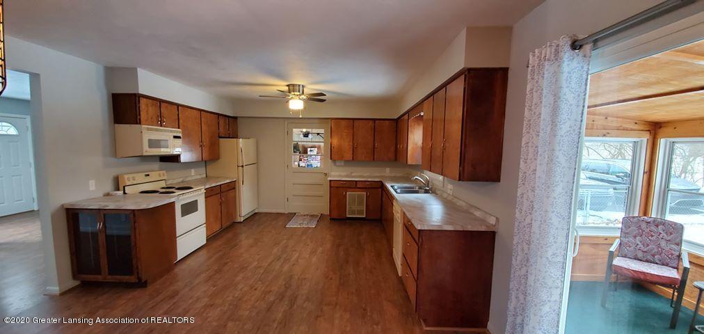 8820 Bradford Hwy - kitchen 5 - 10