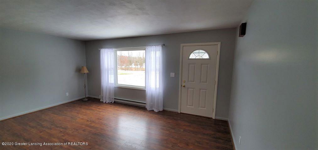 8820 Bradford Hwy - Living Room - 6
