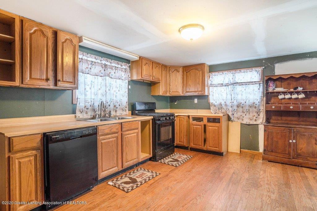 11400 E Eaton Hwy - Kitchen - 8