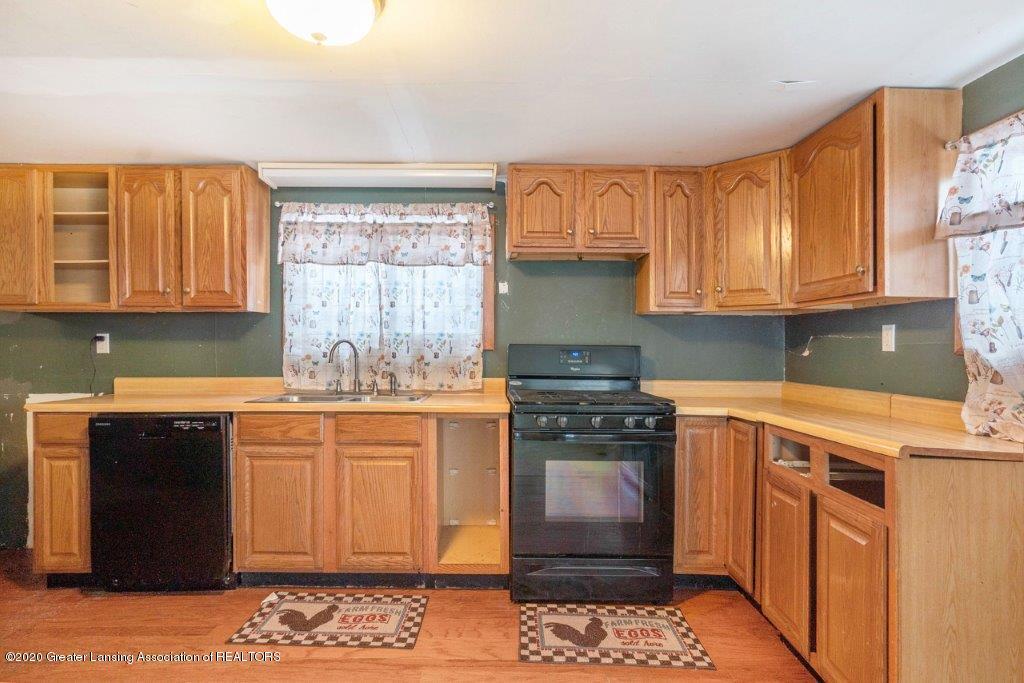 11400 E Eaton Hwy - Kitchen - 9