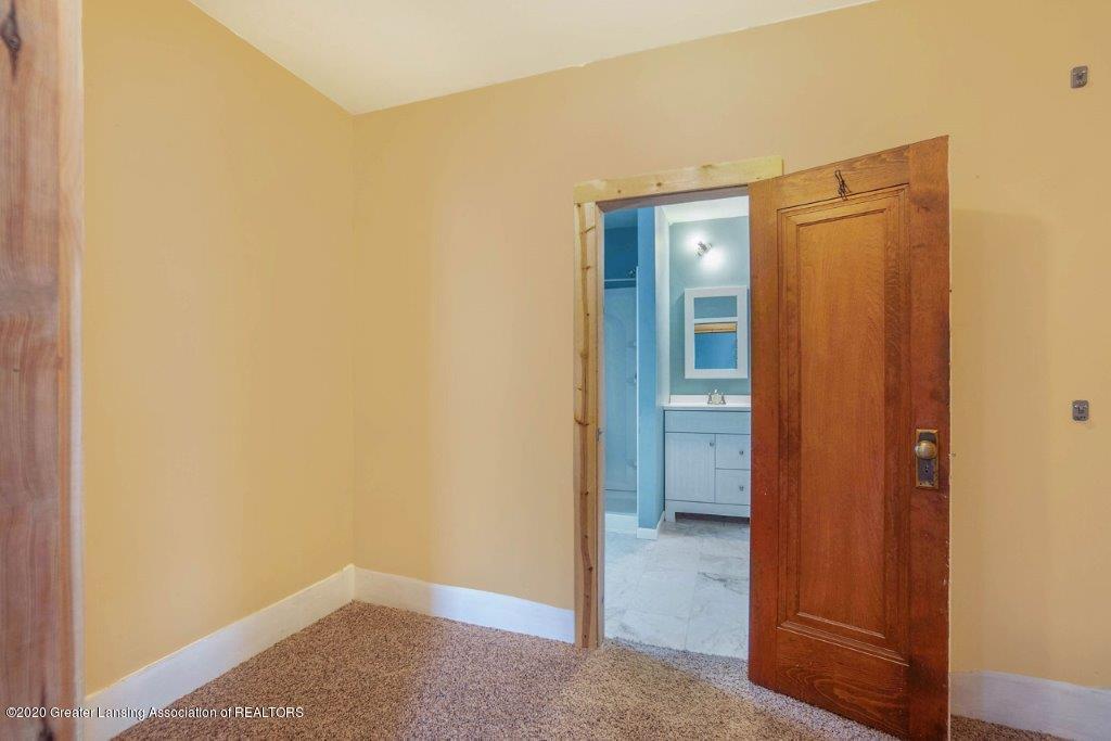 11400 E Eaton Hwy - Master Walk Through Closet - 17