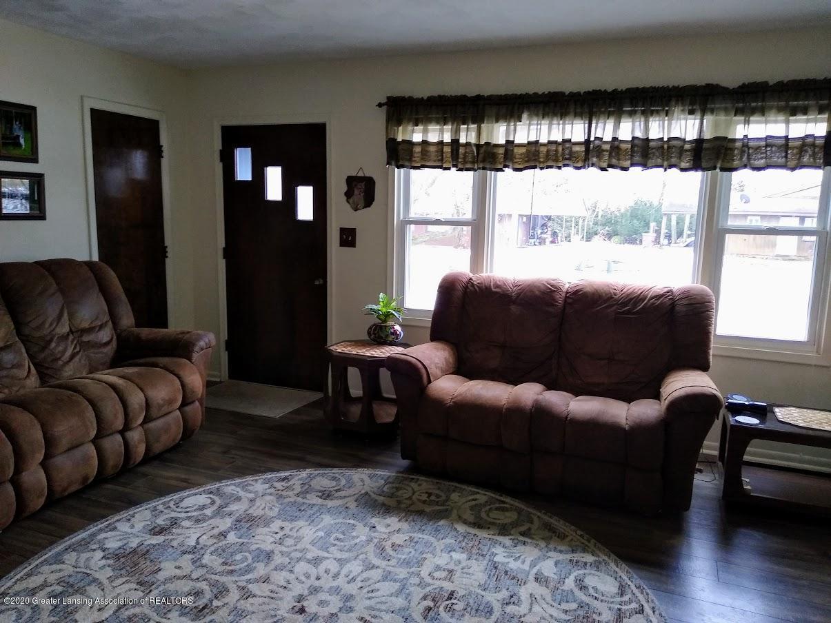 4184 Hancock Dr - Living Room (b) - 10